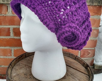 Purple Brimmed Slouchy Crocheted Beanie with Flower, Slouchy Beanie with Brim for Women, Womans Slouchy Brimmed Beanie, Slouchy Beanies
