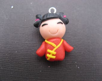 Doll pendant Chinese 23 mm in polymer clay with silver clip * 1