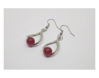 Pendant earrings metal and glass beads