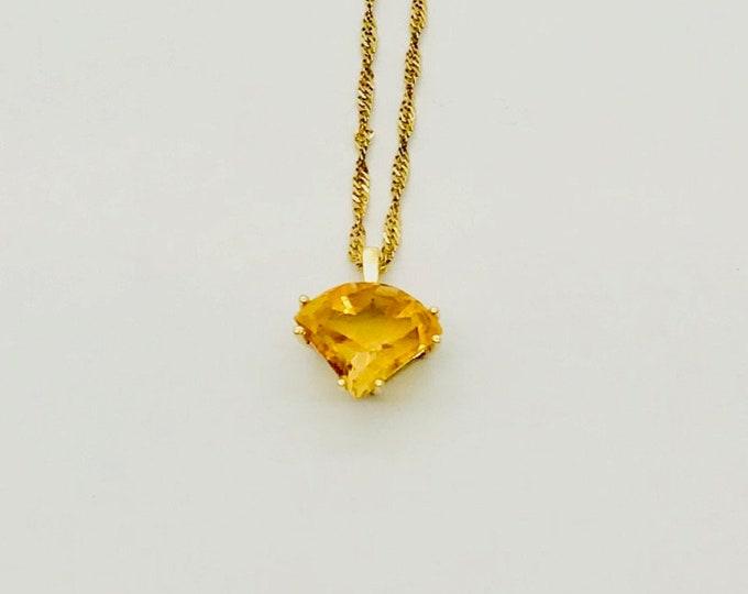 Yellow Gold Citrine Necklace, Vintage Citrine Necklace, Citrine Pendant with Chain, Vintage Necklace, 14 Karat Yellow Gold Citrine Necklace