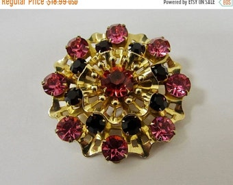 On Sale Vintage Prong Set Pink and Red Rhinestone Pin Item K # 603