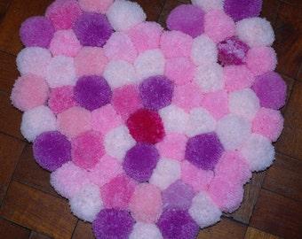 Pom-pom rug, pink rug, heart shaped rug, nursery decor, nursery rug