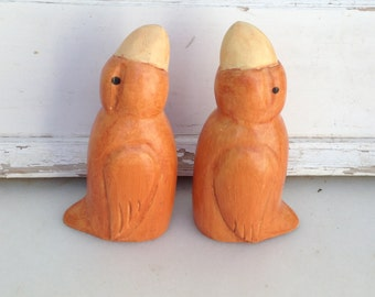 Wooden Birds, 2 Hand Carved Stylized Toucan Birds, Natural Wood Carving, Home Decor, Rustic Cottage Decor Animal Sculpture, Gift for Him/Her