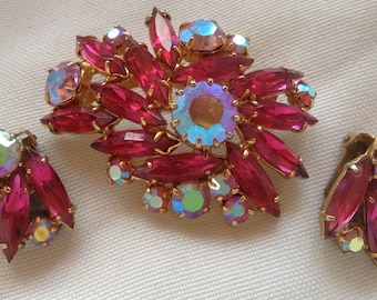 SALE! Vintage Hot Pink and Aurora Borealis Rhinestone Brooch and Earrings Set