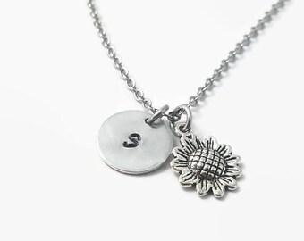 Sunflower initial necklace, sunflower necklace, sunflower jewelry, flower necklace, summer jewelry, gift for gardener, flower jewelry