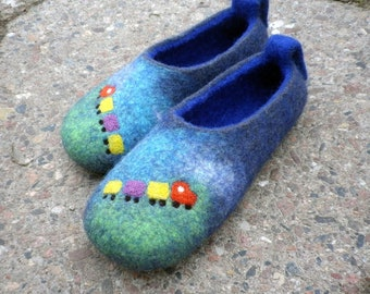 Slippers for children - Train / Felted wool