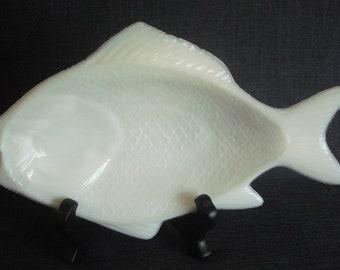 Atterbury Milk Glass Fish Plate, Antique Milk Glass, Milk Glass Fish Plate, Atterbury Milk Glass, 9.5 x 6 in.