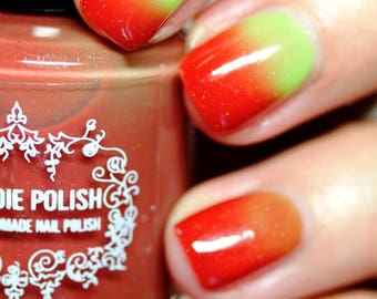 Thermal Nail Polish - The Grinch  - gifts under 20 - vegan