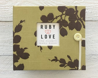 BABY BOOK | Sage Linen Branches Album