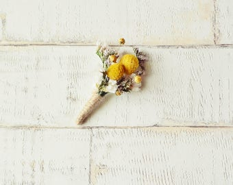 Dried wedding boutonniere rustic buttonhole natural groom boutonniere country wedding yellow corsage lapel pin vintage alternative wedding