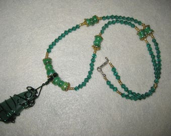 Necklace with wire-wrapped green agate