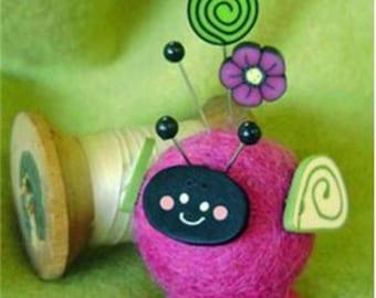 "Button Buddies ""Lola Lovebug"" Pincushion - Pink"