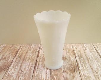 Milk glass vase shabby vase white glass vase hobnail like pattern wedding party decor