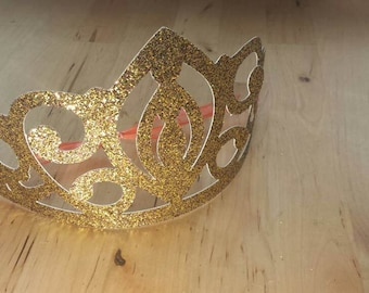 Gold glitter crown/tiara