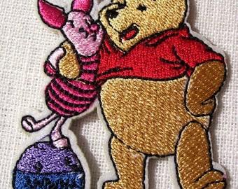 WINNIE Pooh & piglet * 5.5 X 7 cm * Applique badge patch embroidered iron - iron