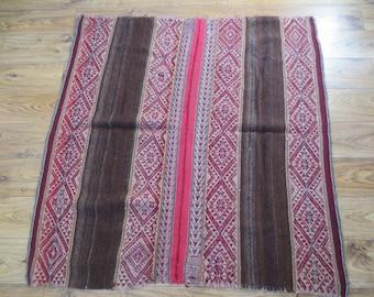 "Peruvian alpaca wool ""manta"" blanket"