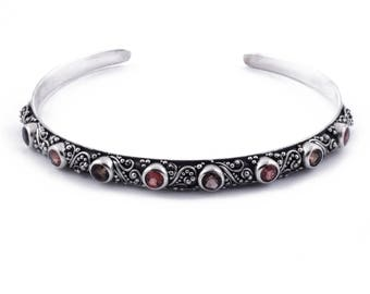 Balinese Tridatu Silver Cuff Bracelet / Sterling Silver / Red Garnet / Smoky Quartz / Balinese bracelet / Jewelry