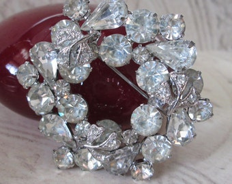 """Vintage Clear SPARKLE Pin/Brooch* signed WEISS* 2-1/8"""" across"""