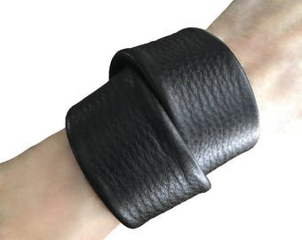 Chunky Leather Cuff, Gift for him, Gift for her, His & Hers wrap bracelet, Double wrap cuff Black leather cuff, Goth bracelet Valentines Day
