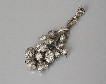 Elegant older vintage solid silver paste pendant.