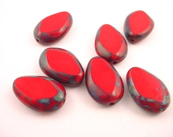 14 glass red flat sided and mottled edge beads 18x12
