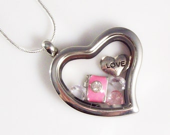 """Love My Camera Stainless Steel Heart Living Locket - 30mm w/ 22"""" Silver Plated Snake Chain - Perfect gift for Photographer w/Organza Bag"""