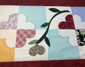 Table Runner, Quilted Table Runner, Hearts Table Mat, 17 x 41