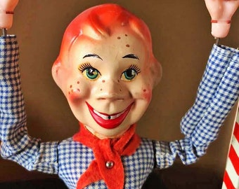 The HOWDY DOODY ACROBAT Tin Toy With Original Box 1950s Kagran.