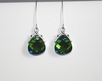 Brilliant crystal earrings in green and blue