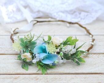 Light blue floral crown Wedding flower accessories Wedding hair wreath Bridesmaid flower crown Wedding flower crown Floral crown Flower halo