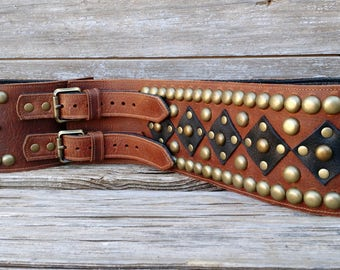 Brown and Black Leather Wide Belt w Repeating Design in Antiqued Brass Spots and Hardware