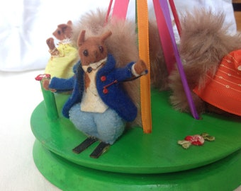 Old wooden Maypole with the squirrels, vintage toy, Dilly Toys, old Hamleys toy, miniatures animals, woodland