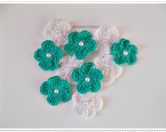 Crochet appliques, Crochet flowers appliques, Turquoise white flower, craft supplies, embellishments, scrapbooking, wedding decorations