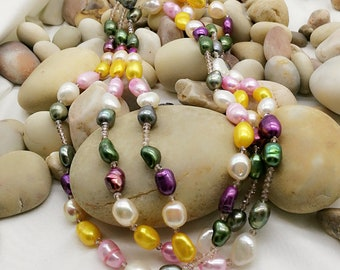 Colored Freshwater Pearl and Crystals Necklace