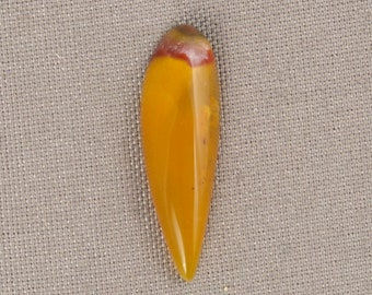 Small Flamingo Rose Opal-Agate Cabochon - Washington