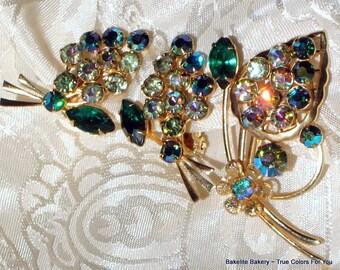 Julianna Style Vintage Crystals Demi Parure Brooch Pin Rhinestones Earrings Jonquil Green Aurora Borealis AB Wedding Bling Estate 50s Ornate