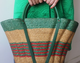 The basket / Vintage / straw natural green and Red / 60's - 70's / Wicker tote bag