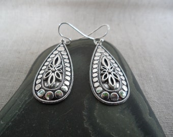 Silver Bohemian Earrings - simple everyday silver earrings - Boho Chic Earrings - Silver Drop Earrings