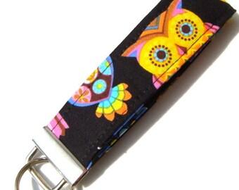 Wristlet Key Fob / Key Chain - Peace Owl
