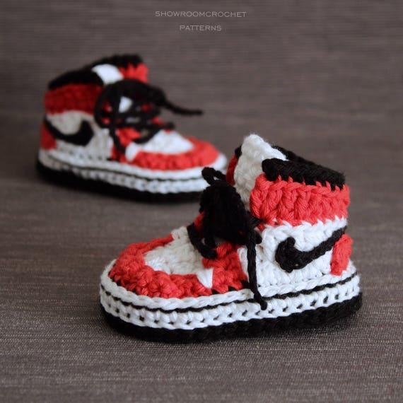 Patrón crochet zapatillas Air Jordans para bebe