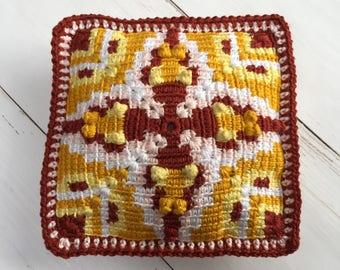 Tapestry crochet pattern little Art Deco pillow by Atelier Sopra
