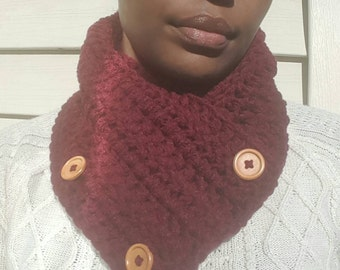 3-Button Convertible Scarf w/Wooden Buttons