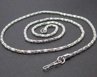 Chain 53 cm silver snake chain.