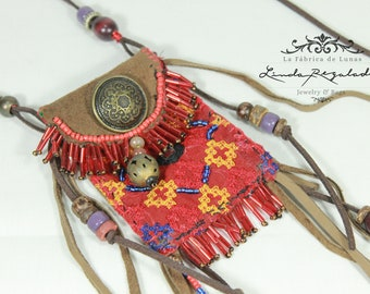 Native American Chic tabacco bag necklace.