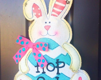 Burlap Easter Bunny Door Hanger, burlap door hanger, bunny door hanger, easter door hanger, easter decor, Easter wreath