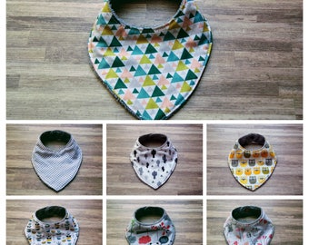 Bandana bib, baby bib, first teeth, bavouilles