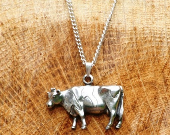 Cow Necklace & Pendant Ladies Dairy Farming Gift
