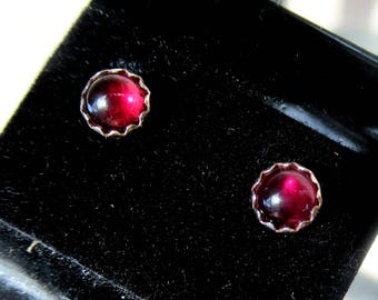 4 mm Red Amber Stud
