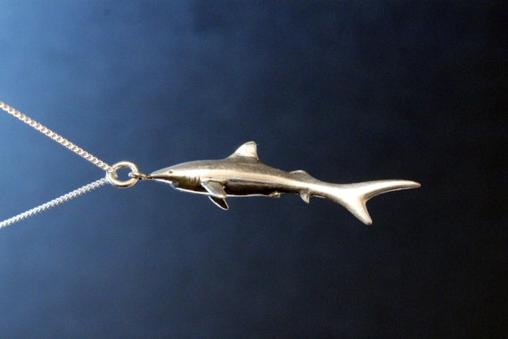 Shark Necklace, beach jewelry, Shark Jewelry, fish pendant, pisces jewelry, jaws pendant, sterling silver hand carved real shark necklace