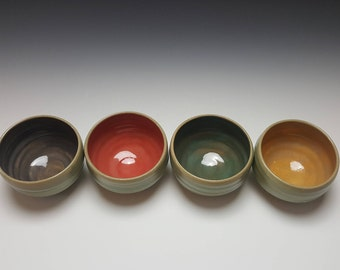 Set of 4 colorful ice cream bowls by Potteryi. Unique bowls good for serving tea, ice cream, rice, or soup.